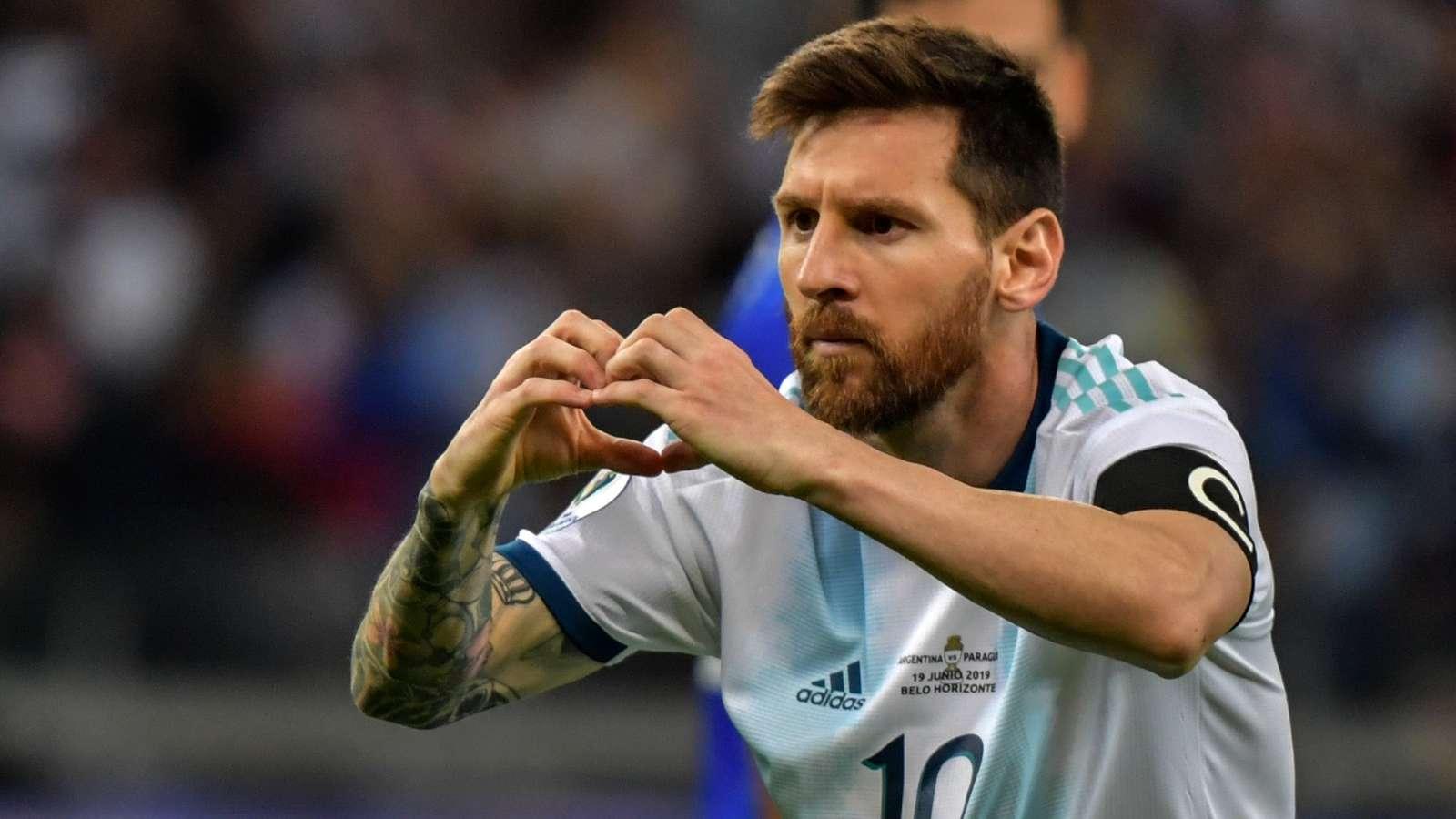 El curioso festejo de Messi tras el empate ante Paraguay, ¿con dedicatoria a Di María?