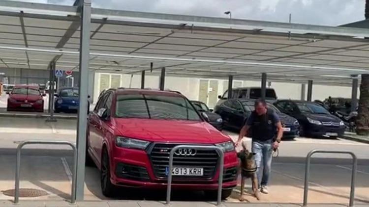 La falsa amenaza de bomba en los autos de Lionel Messi y Luis Suárez que alertó a Barcelona