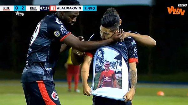 Jugador del Cúcuta Deportivo dedicó doblete a su hermano asesinado y la Liga Águila lo sancionó