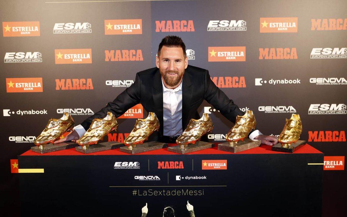 Lionel Messi recibió su sexto Bota de Oro de manos de sus hijos