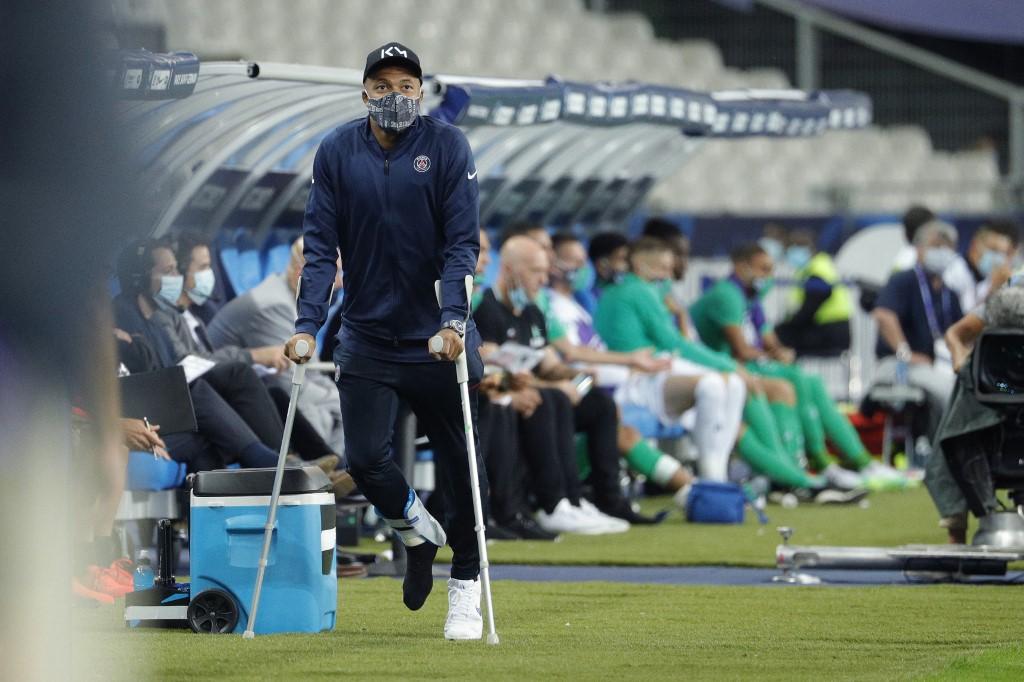 Mbappé estará tres semanas de baja y es duda para la Champions