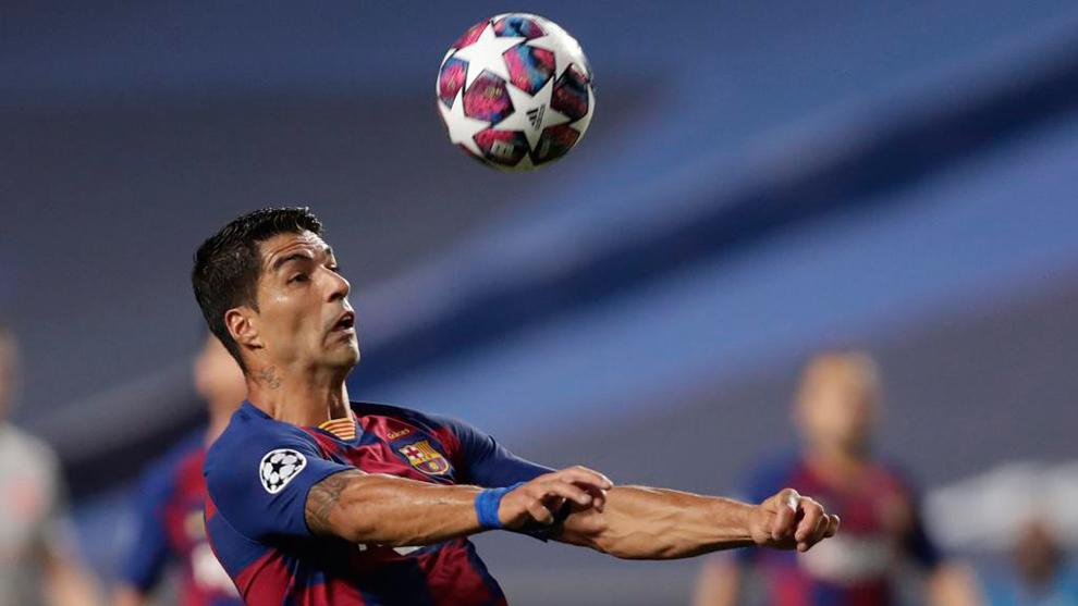 Marca:Luis Suárez dio 24 pases... ¡nueve de ellos para sacar del centro del campo!