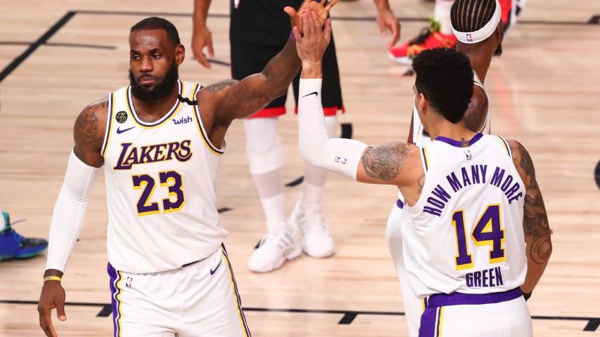 Lakers Avanzan