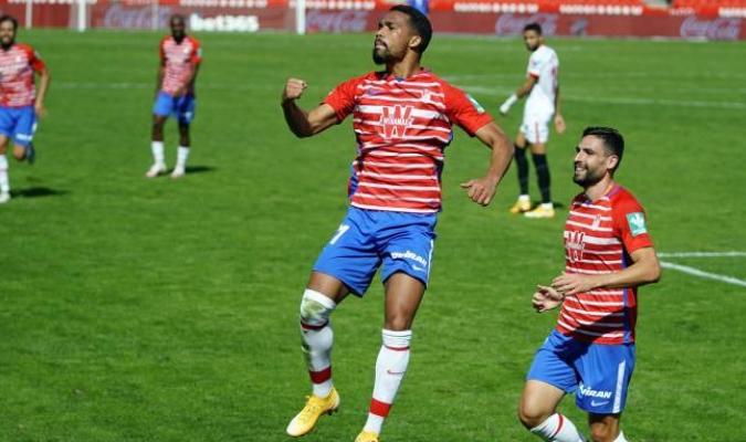 Yangel Herrera da el triunfo al Granada ante un Sevilla inferior