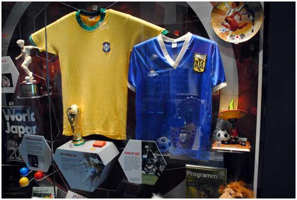 Hodge ha recibido diversas ofertas por la camiseta de Maradona