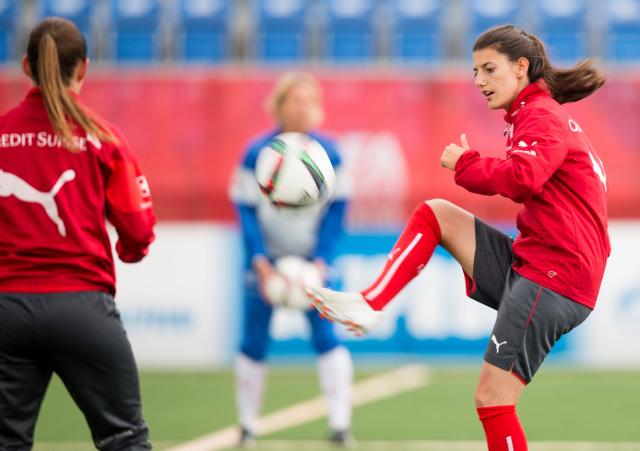 Fifa aprueba baja por maternidad para las futbolistas