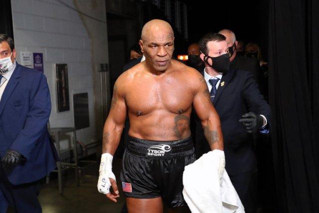 Mike Tyson reveló cómo fue la maratón sexual que provocó la primera derrota de su carrera