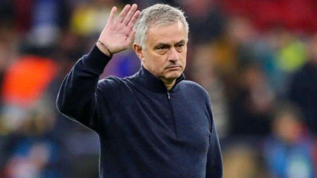 José Mourinho fue despedido como entrenador del Tottenham