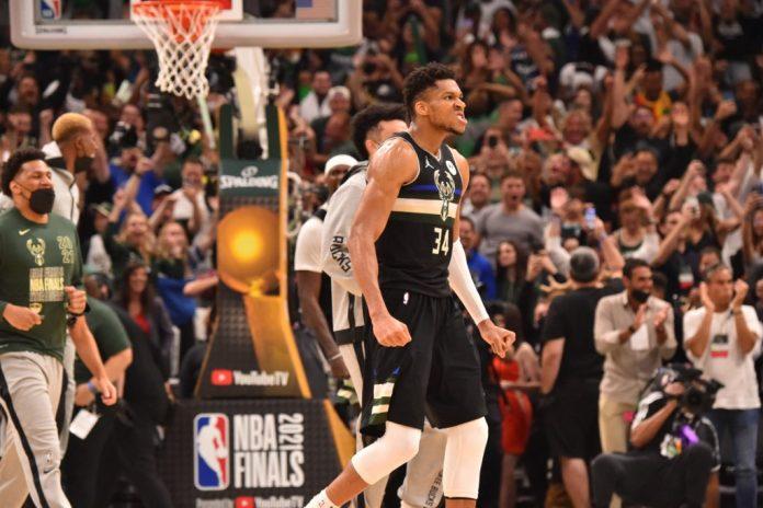 Milwaukee Bucks vence a los Phoenix Suns y logra su primer título de NBA en 50 años